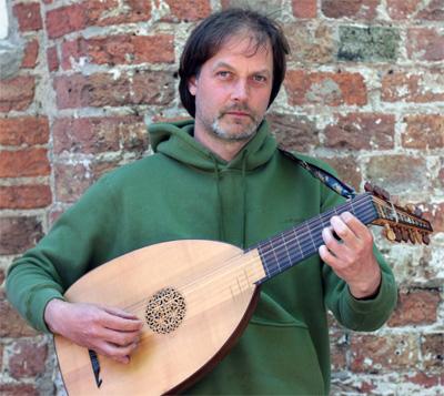 Martin Pals – gitaar en luit